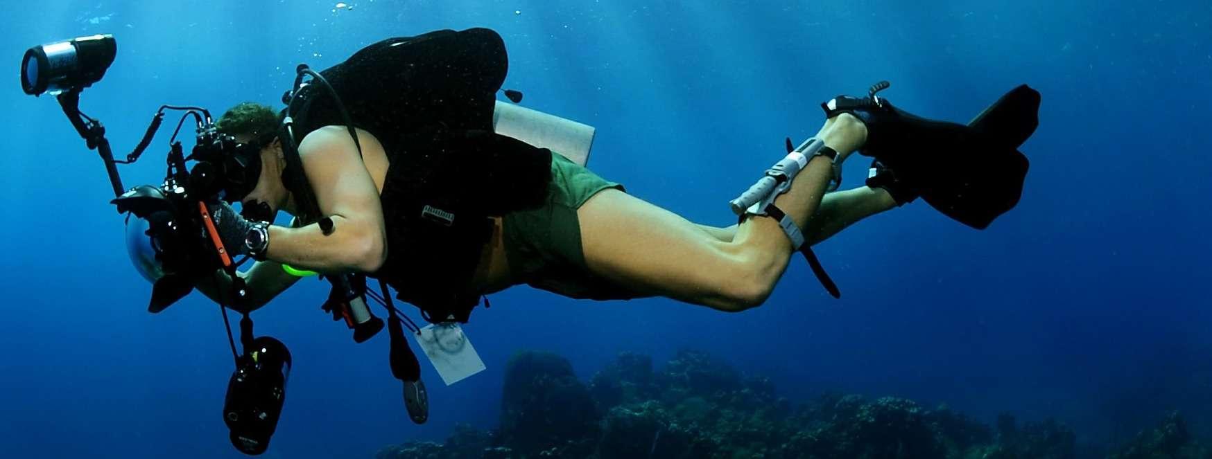 unterwasserkamera-mit-blitz-2